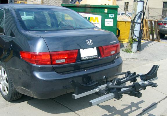 Honda-accord-4dr-2004-curt-hitch-11290-thule-917xtr-bike-carrier